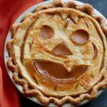Тыквенный пирог с узором «Светильник Джека»
