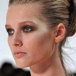 Как скорректировать скулы макияжем