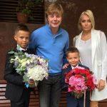 Андрей Григорьев-Аполлонов официально развелся с женой-моделью